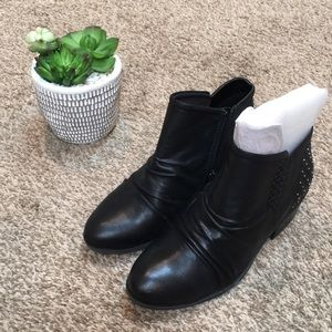 Baretraps Ankle Booties
